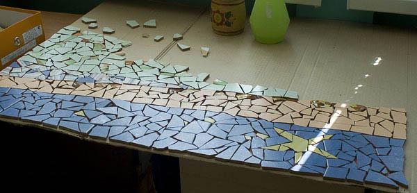 Как сделать мозаику из битых плиток 982