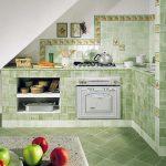 Как наклеить плитку на кухне, чтобы образовался качественный фартук