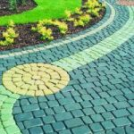Красители для тротуарной плитки: разновидности, выбор и применение