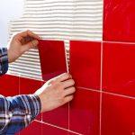 Как клеить плитку в ванной на гипсокартон: основные приёмы