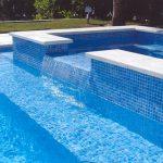 Плитка для бассейна: как её выбрать и как выложить ей бассейн