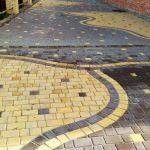 Укладка тротуарной плитки поверх асфальтирования: как сделать